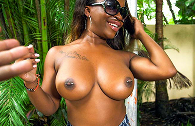 One of the top pay adult website if you like amazing black skin material