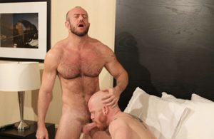 Gay action on Barebackthathole