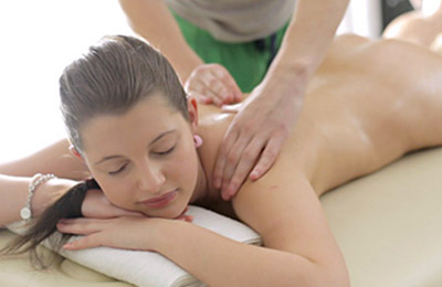 amateur chicks get massages with happy endings