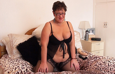 bbw and mature women playing with sex toys and old men